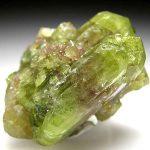 3227 Камінь, Везувіан