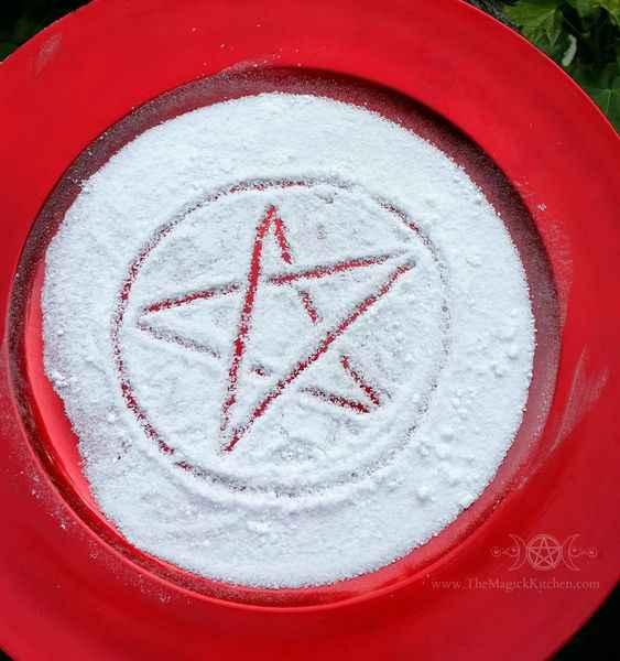 4120 5 простых заклинаний для начинающих ведьм: любовь, защита, успех и многое другое